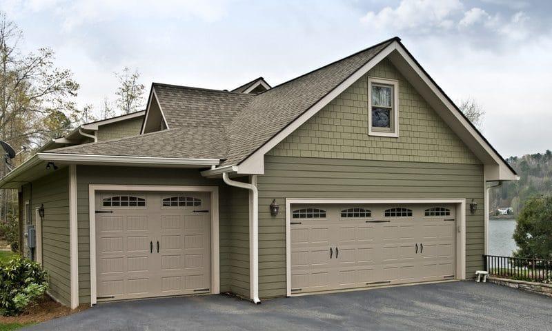 Choose the Right Garage Door | 10 Tips to Help Y