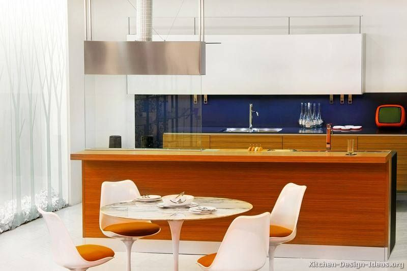 Retro yet Modern Kitchens (With images) | Interior design styles .
