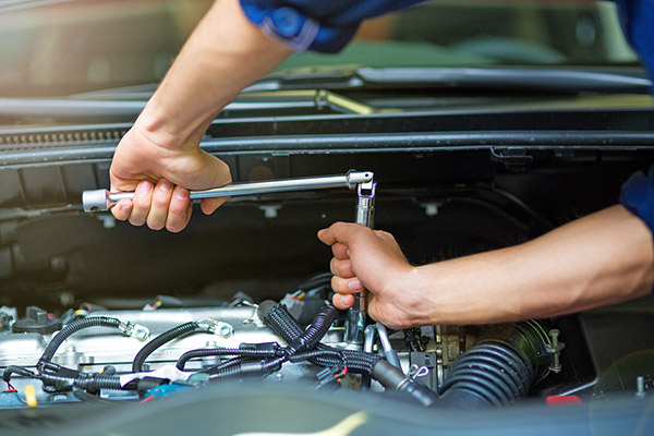 The Five Best Ways for Dad to Use a Four Car Garage - Vistanc