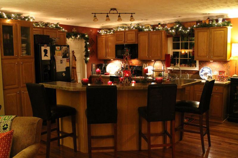 Kitchen Christmas decorations to try this year | Christmas kitchen .