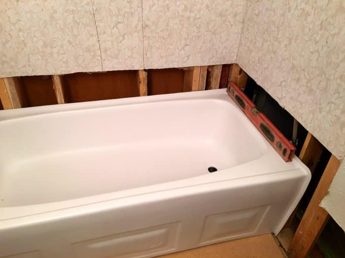 How to Install a New Bathtub   Angie's Li