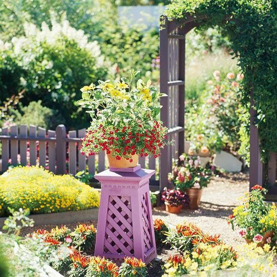 16 Simple Solutions for Small-Space Landscapes | Small space .
