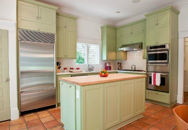 Painting Laminate Cabinets - Dos and Don'ts - Bob Vi