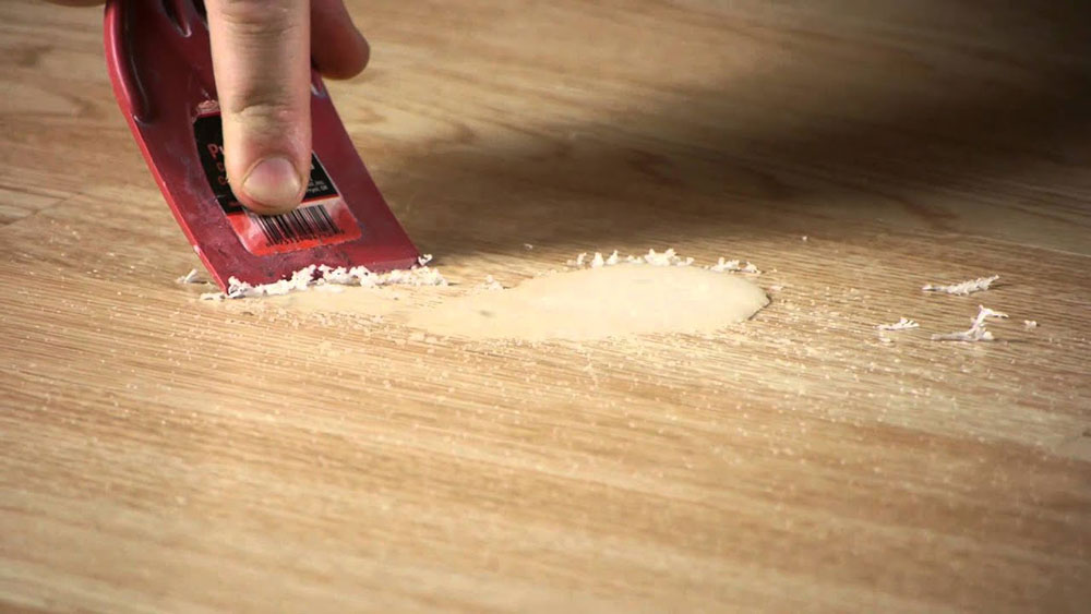 How to remove candle wax from walls and   wood