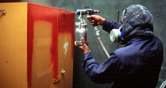 How do you use a spray gun and which type   is right for you?