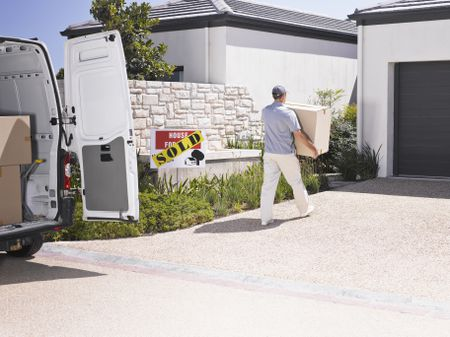 Things Not to Do When Hiring Movers to Move Your Ho