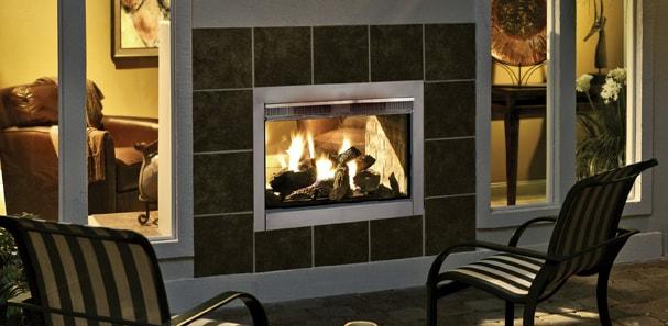 Indoor-Outdoor Fireplaces Offer the Best of Both Worlds | Heatilat