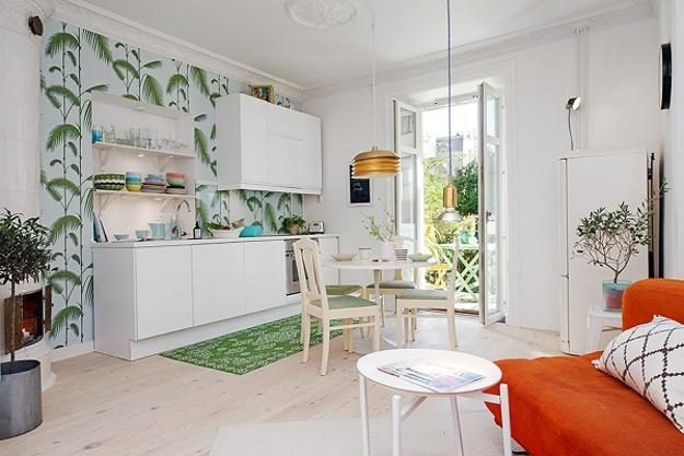 Bright Interior Design on Small Budget, Small Apartment Decorating .