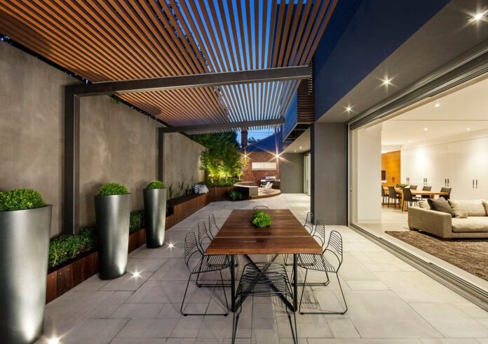 How to Easily Transition Interior Design to Your Yard · Wow Dec