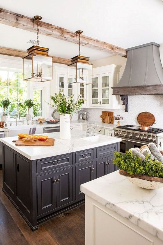 Rustic Elegance in a California Farmhouse | Kitchen style, Home .