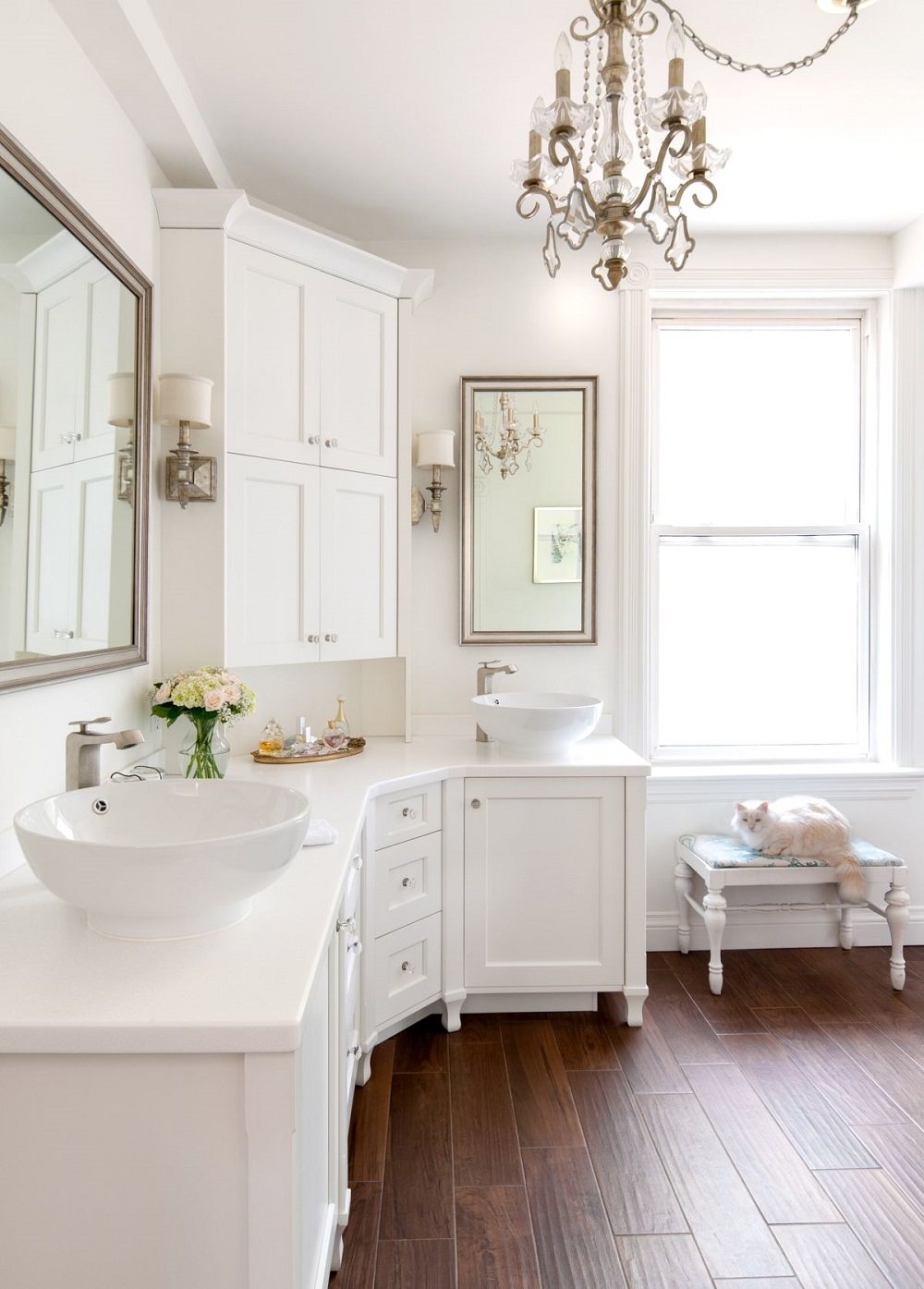 Neat corner bathroom vanity ideas that   you will find useful