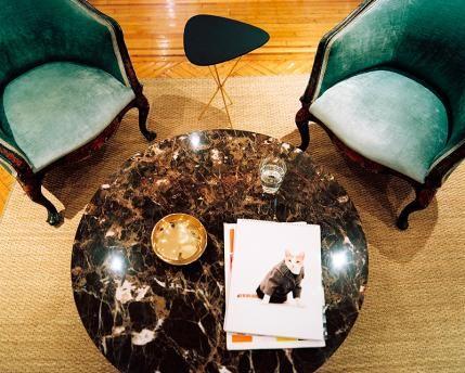 Cool, Sophisticated New York Apartment | Blue velvet armchair, New .