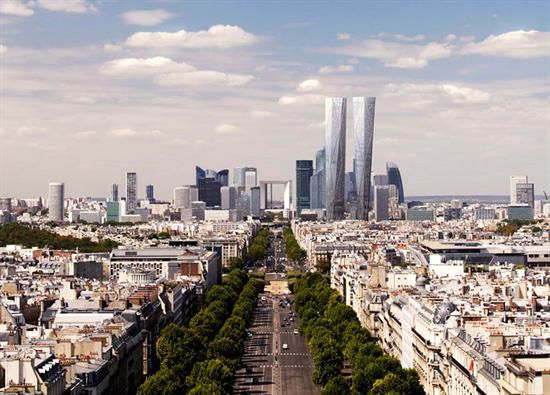 New Skyscraper Under Construction in Paris' Business Distri