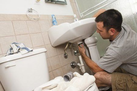 4 Questions To Ask a Plumber Before Hiring | Plumbing emergency .