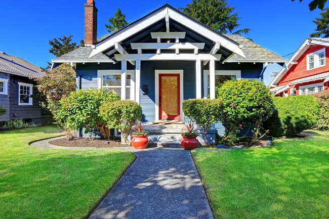 7 Quick and Easy Ways to Improve Your Curb Appeal | LuvMiHo