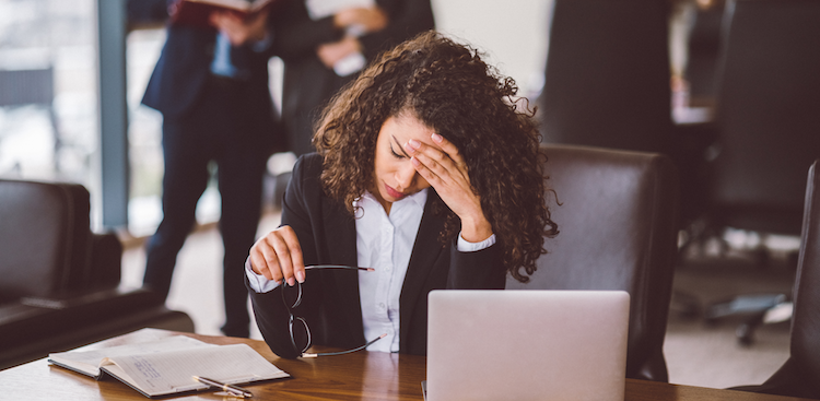 Your Complete Guide to Dealing With Workplace Bullies - The Mu