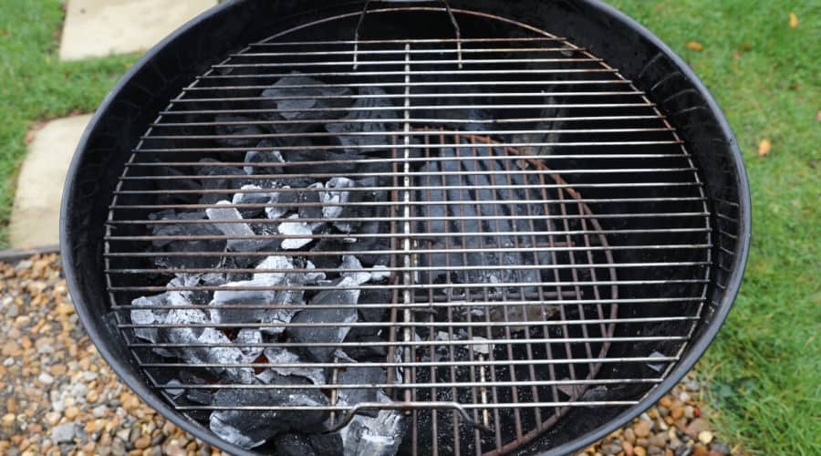 Two-Zone Grilling Method: A Must Have Skill to Master Your Gri