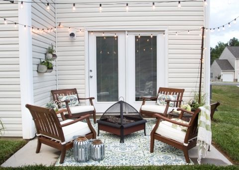 How to Decorate a Small Patio | Small patio spaces, Small patio .