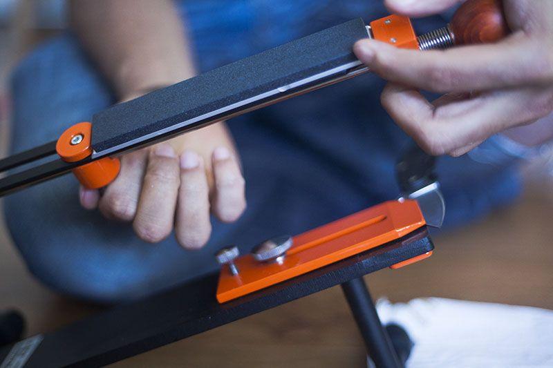 Hapstone Pro Manual Knife Sharpener Review | Knife sharpening .
