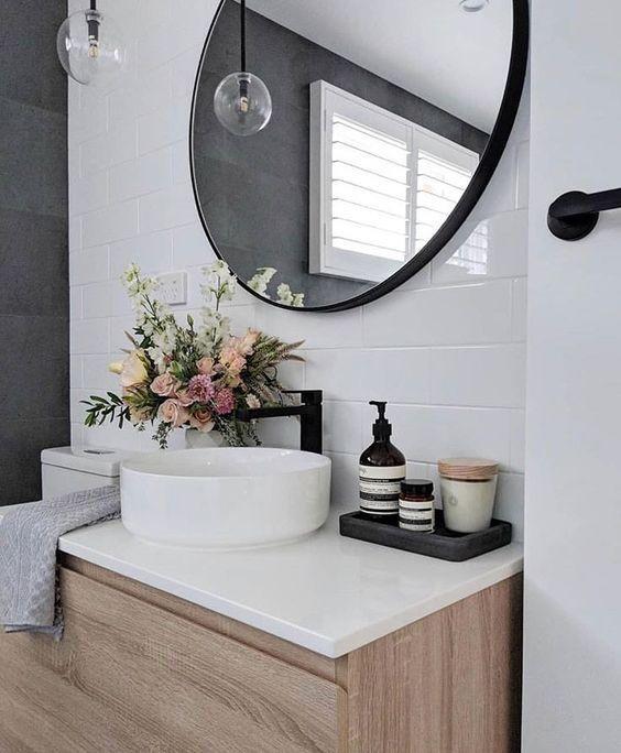 5 Bathroom Mirror Ideas For A Double Vanity | Small bathroom decor .