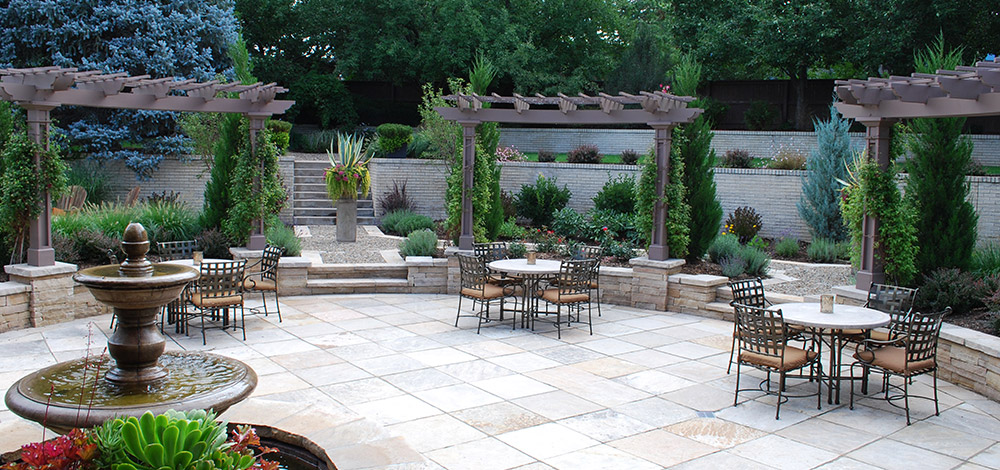3 Things to Consider When Hiring a Landscape Contract