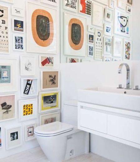 9 Ways to Display Art in Bathroo