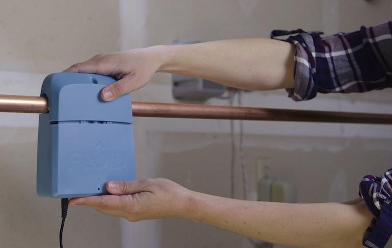 The 5 Best Smart Water Leak Detectors Compar