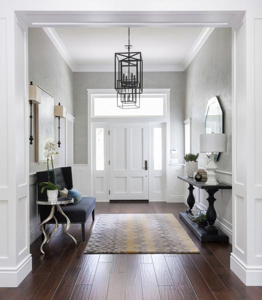 Give your entrance the wow factor with these tips by Rachel .