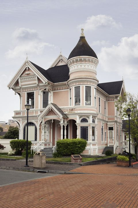 What Is A Victorian Style House? - Victorian House Design Sty