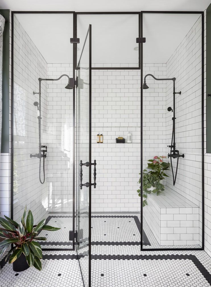 Ideas and tips for walk-in showers (cost,   size, and more)